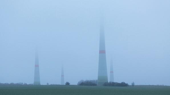 "Frank Brehe ""Riesen im Nebel"""